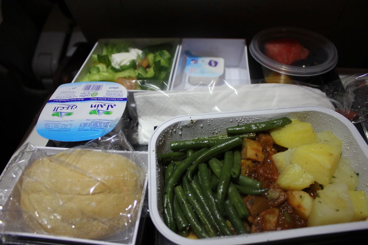 Can You Bring Cooked Food On A Plane